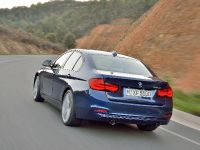 2016 BMW 3 Series Sedan, 18 of 28