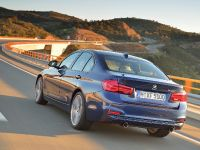 2016 BMW 3 Series Sedan, 19 of 28