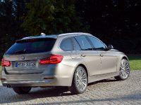 2016 BMW 3 Series Touring, 8 of 27