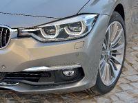 2016 BMW 3 Series Touring, 23 of 27