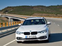 2016 BMW 320d Touring EfficientDynamics Edition, 3 of 27