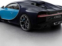 2016 Bugatti Chiron Colorized , 2 of 16