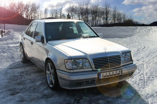 Carbon Motors Mercedes-Benz E500 W124
