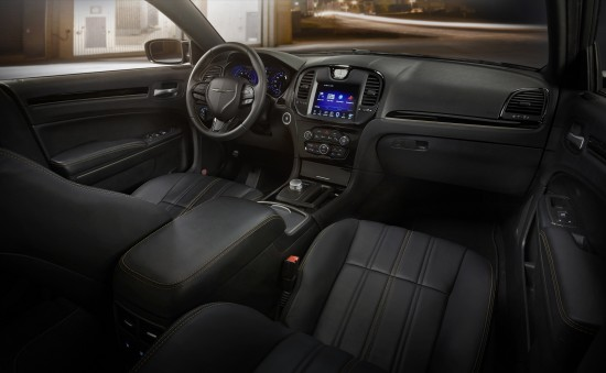 Chrysler 300S Alloy Edition