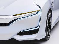 2016 Honda FCV Concept, 13 of 17