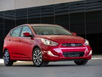 2016 Hyundai Accent , 2 of 15