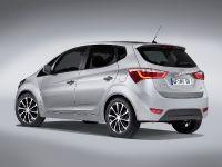 thumbnail image of 2016 Hyundai ix20