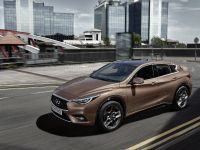 2016 Infiniti Q30 Active Compact , 5 of 19