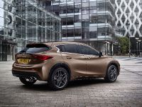 2016 Infiniti Q30 Active Compact , 7 of 19