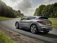 2016 Infiniti Q30 Active Compact , 15 of 19