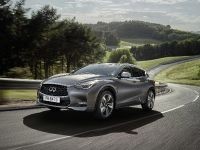 2016 Infiniti Q30 Active Compact , 17 of 19