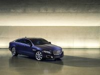 2016 Jaguar XJ, 1 of 6