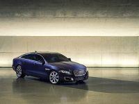 2016 Jaguar XJ, 1 of 6