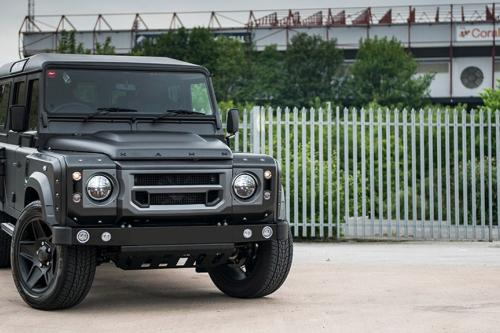 Kahn Land-Rover Defender-110 station wagon the end edition
