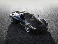 2016 LaFerrari Open-Top Special Edition , 2 of 3