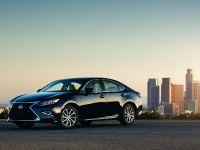 2016 Lexus ES 300h, 3 of 22