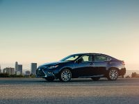 2016 Lexus ES 300h, 4 of 22
