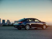 2016 Lexus ES 300h, 5 of 22