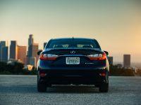 2016 Lexus ES 300h, 7 of 22