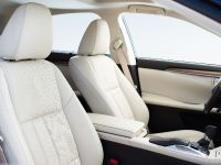 2016 Lexus ES 300h, 9 of 22