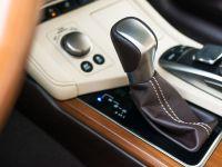 2016 Lexus ES 300h, 12 of 22