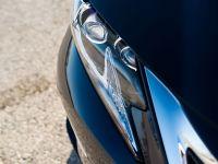 2016 Lexus ES 300h, 17 of 22