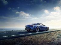 2016 Lexus LC 500h Luxury Coupe, 3 of 3
