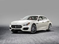 2016 Maserati Quattroporte GranLusso and GTS GranSport, 5 of 8