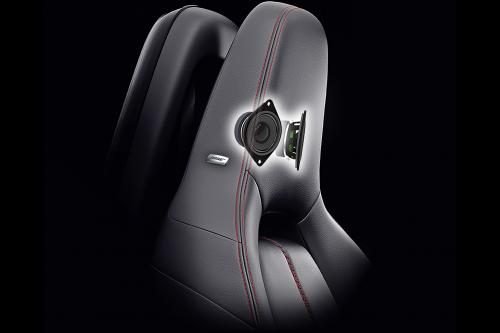 Mazda Miata MX-5 с модернизированным набором Аудио систем Bose