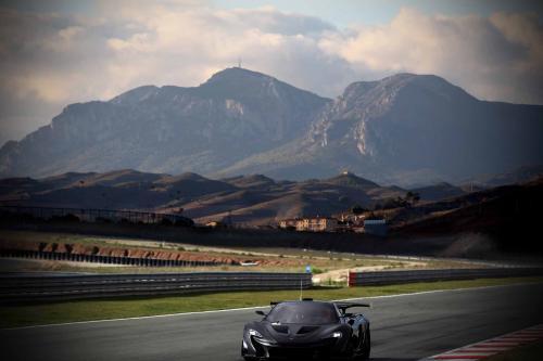 Производство Макларен Р1 ГТП дебютирует в Женеве [видео]