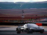 2016 McLaren P1 GTR, 4 of 10