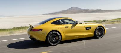 Mercedes-AMG GT (2016) - picture 4 of 5