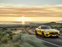 2016 Mercedes-AMG GT, 2 of 5