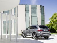 2016 Mercedes-Benz GLC , 31 of 34