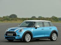 2016 MINI Clubman, 16 of 17