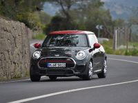 2016 MINI John Cooper Works , 3 of 37