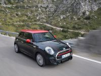 2016 MINI John Cooper Works , 9 of 37