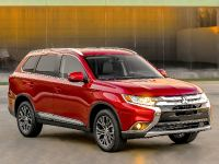 2016 Mitsubishi Outlander , 5 of 24