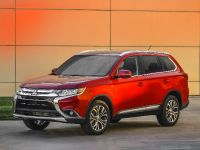 2016 Mitsubishi Outlander , 8 of 24