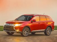 2016 Mitsubishi Outlander , 9 of 24