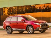 2016 Mitsubishi Outlander , 13 of 24