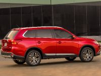 2016 Mitsubishi Outlander , 15 of 24