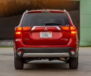 2016 Mitsubishi Outlander , 19 of 24