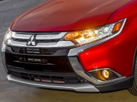 2016 Mitsubishi Outlander , 21 of 24