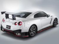 2016 Nissan GT-R NISMO N-Attack Package, 2 of 2