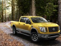 2016 Nissan Titan XD, 6 of 24