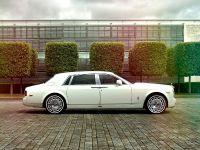 2016 Rolls-Royce Phantom Jade Pearl, 2 of 5
