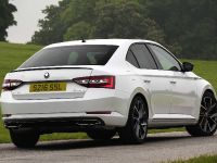 2016 Skoda Superb SportLine, 2 of 5