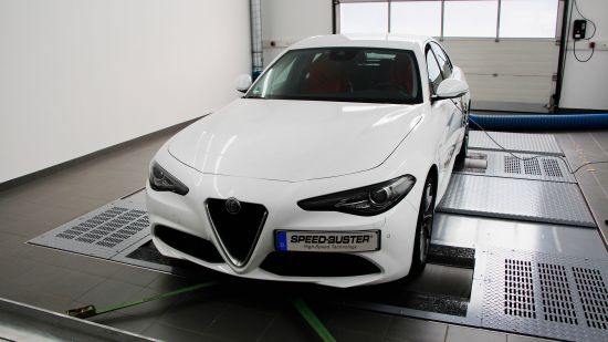 SPEED-BUSTER Alfa Romeo Giulia