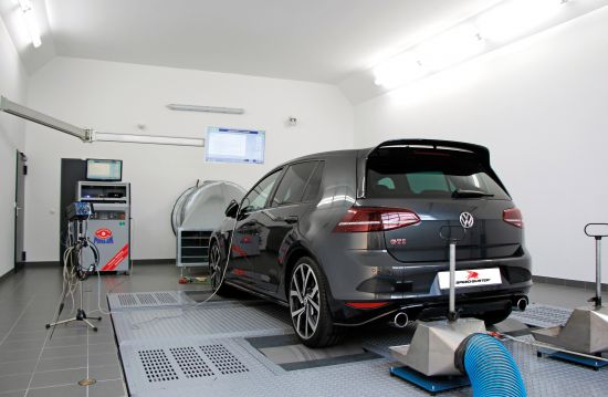 SPEED-BUSTER Volkswagen Golf GTI Clubsport S Limited Edition